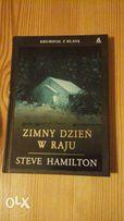"""Książka """"Zimny dzień w raju"""" Steve Hamilton z 2008 r."""
