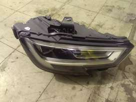 Audi rs3 2018 right side headlight
