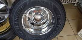 4x4 Mag with Tyre