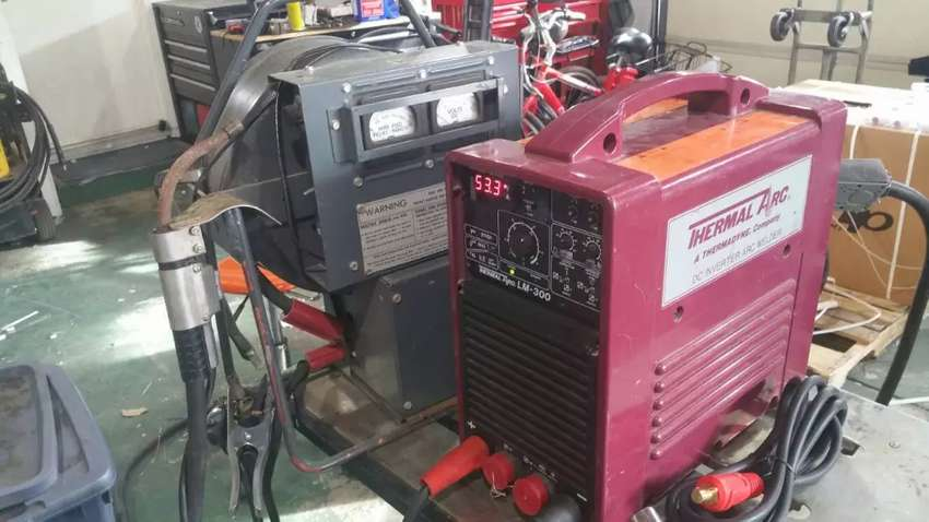 THERMAL ARC. LM 300 WELDING MACHINE, from US 0
