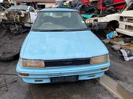 TOYOTA COROLLA 1.6 16v -STRIPPING FOR SPARES