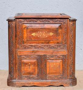 ANTIQUE ROSEWOOD DRINKS CABINET
