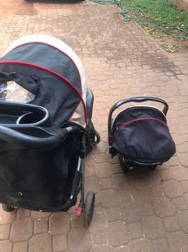 Baby pram / strall and car seat
