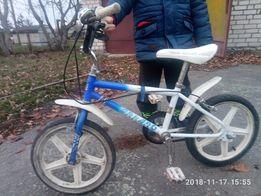 Велосипед bmx от 3 до 6 лет + подарок
