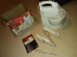 mikser ręczny z dodatkami robot kuchenny