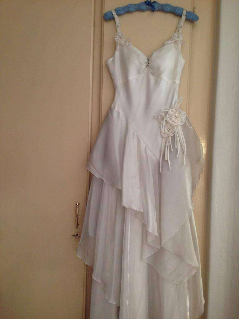 Wedding Dress 0