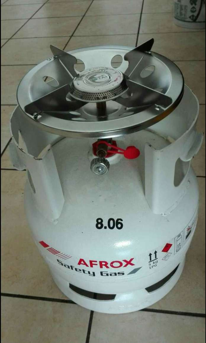brand new 5kg gas bottle with cooker top 0