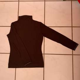 New Joop by Hugo Boss polo neck top. Size: M