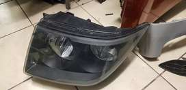 VW CRAFTER HEAD LIGHT LEFT SIDE AVAILABLE