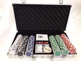 Игра В покер В кейсе на 300 фишек по 11.5 грамм