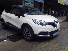 Renault Captur 1.2 R 145 000/Finance available