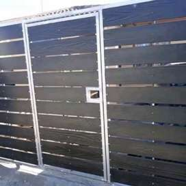 NUTEC DRIVEWAY GATES WITH INSERTED PEDESTRIAN GATES & PALISADE FENCING