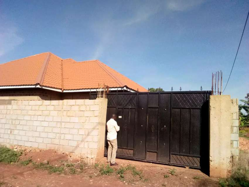 Shell house for sale in sonde 0