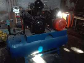 Intersol Rand, model 3000,  90  cfm 500 ltr