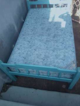 3 quarter bed for immediate sale R600