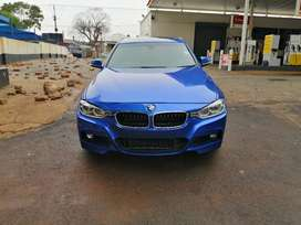 BMW 320i F30 | Vehicle Connexion Market