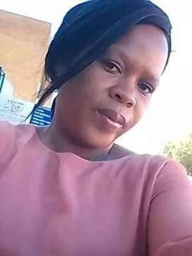 Winnet nyamude Zimbabwean looking for a job as domestic worker
