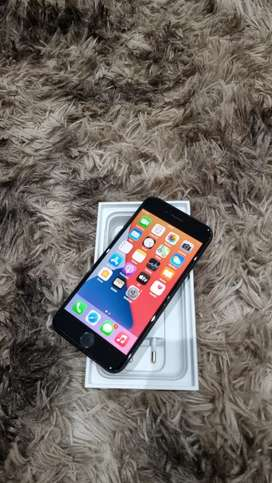 apple iphone 7 32gb in excellent condition