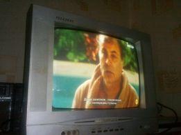 Телевизор First Austria 14 дюймов для кухни