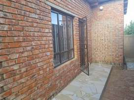 2 room with shower and toilet