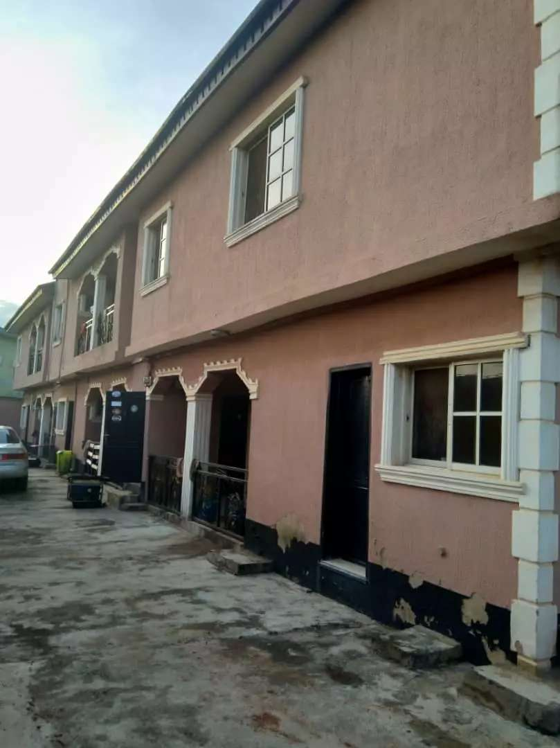 6 flats of 3 bedroom each for sale 0