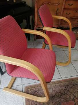 2 office/visitors chairs