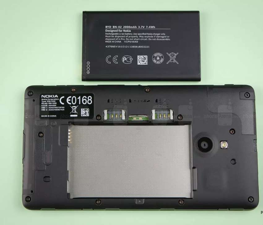 Nokia XL 8MP 4GB 1GB RAM 0