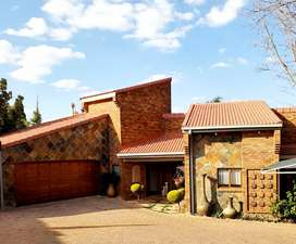 Family home for sale in top area!