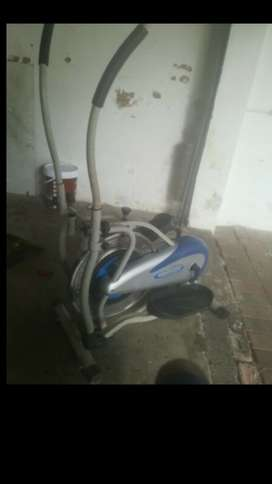 EXCELLENT PRICE:Exercise Bicycle Machine/Obitrek machine for sale!!