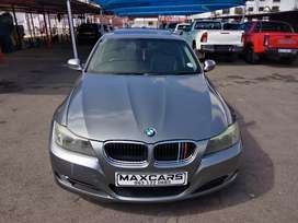 2011 grey BMW 320i E90  Manual transmission,