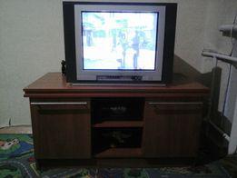 Телевизор Thomson 21DX25E + тумба