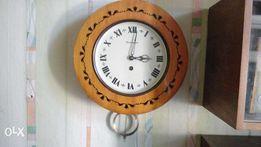 """Продам настенные часы """"Янтарь""""."""