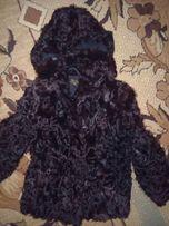 Шуба /полушубок натуральна з козлика з капюшоном. Розмір С,М. 44.