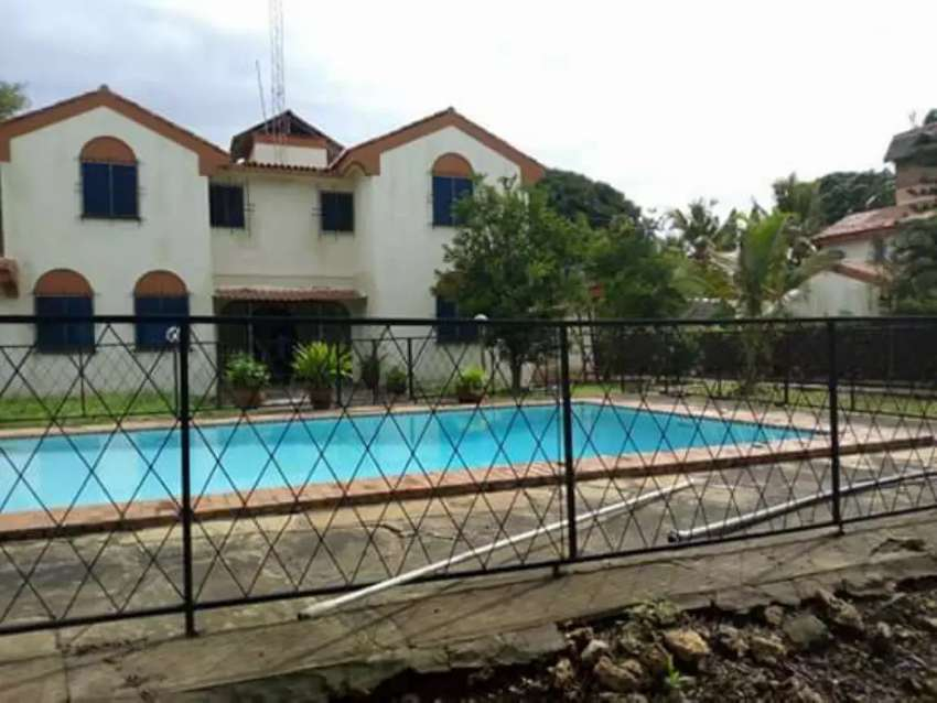 NYALI 4 bedroom maisonette own compound with a pool 0