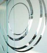 Зеркальная пленка, тонировка балкона, бронирование стекол пленкой