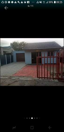 Bachelor flat available end off July secure it by paying  ur deposit