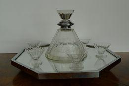 Kryształowa karafka Art Deco z kieliszkami i tacą
