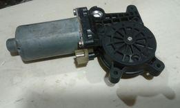 Мотор стеклоподемника бош