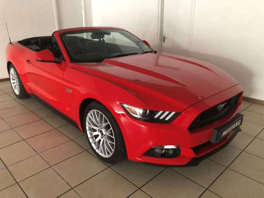 BEAUTIFUL 2019 Ford Mustang 5.0 GT convertible auto For Sale 0