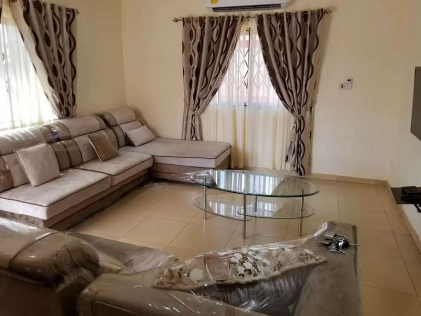 Furnished 3 bed Tema 0