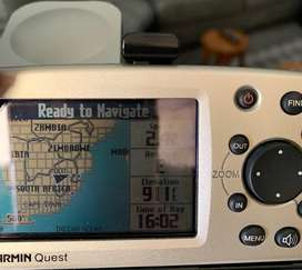 Garmin Quest GPS to sell