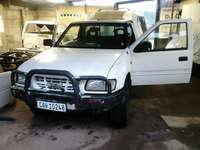 Image of Isuzu 280d 4x4 spears for sale 2002 model