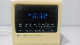 Ретро радіоприймач SONY ICF-C11L 1979 року