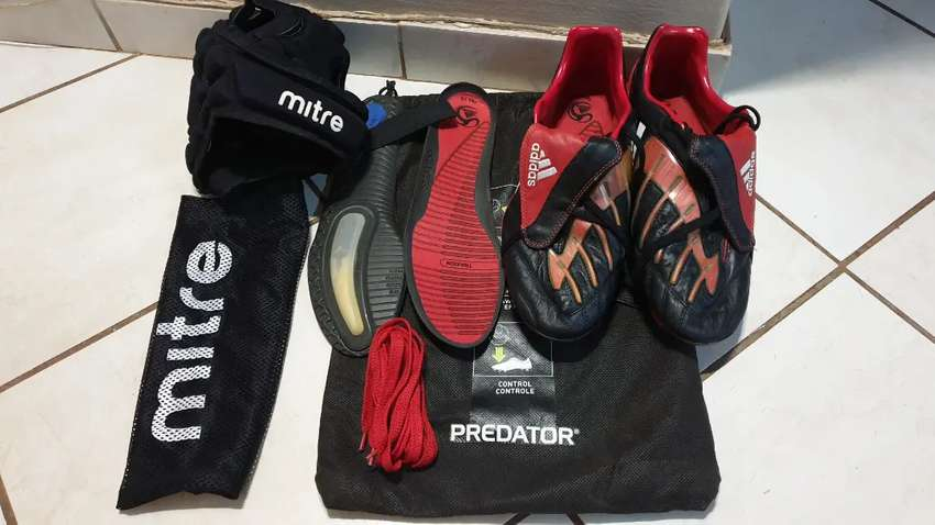 Adidas predator rugby/ soccer boots size 12 uk