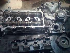 Toyota 1Tr complete cylinderhead and parts