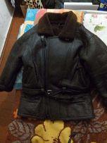 солидная мужская кожаная зимняя курточка на меху