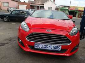 2015 Ford Fiesta ambient