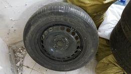 Автомобильный диск с резиной докатка