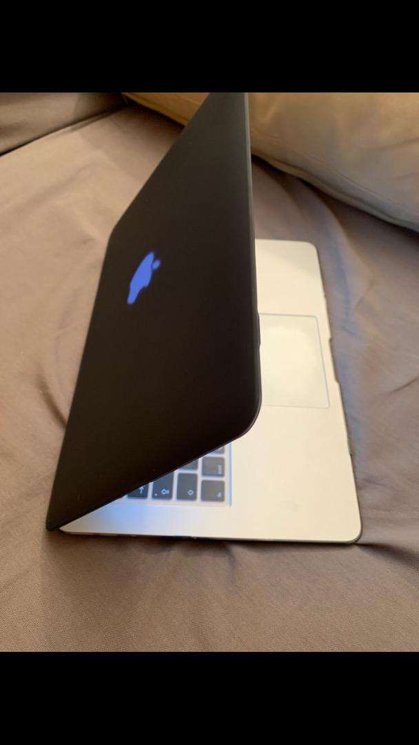 Mac book air 13inch 0