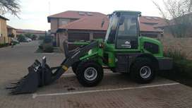 Wheel frontloader and Forklift
